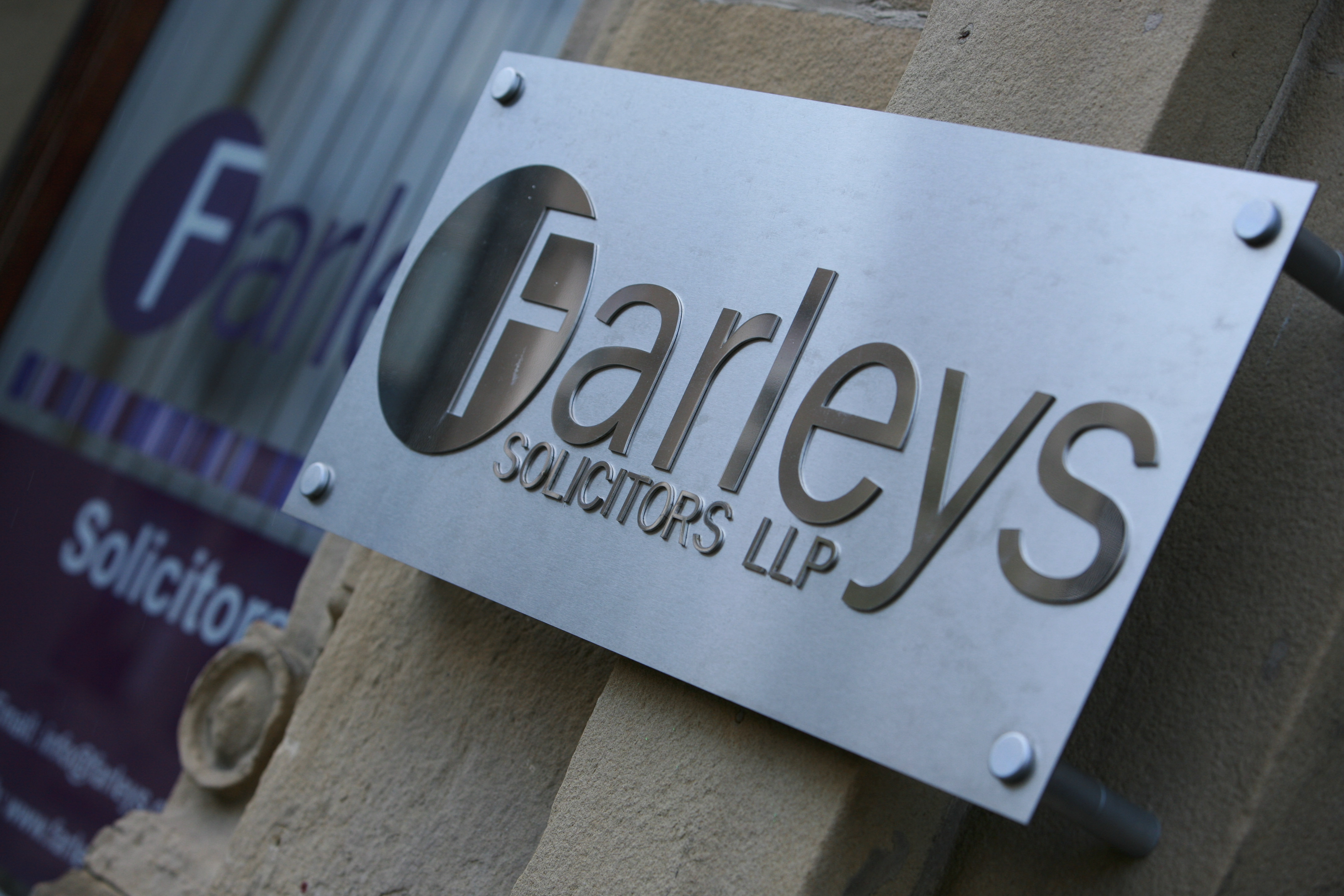 Farleys Take Long Standing Legal Advice Clinic Online to Help Local Community