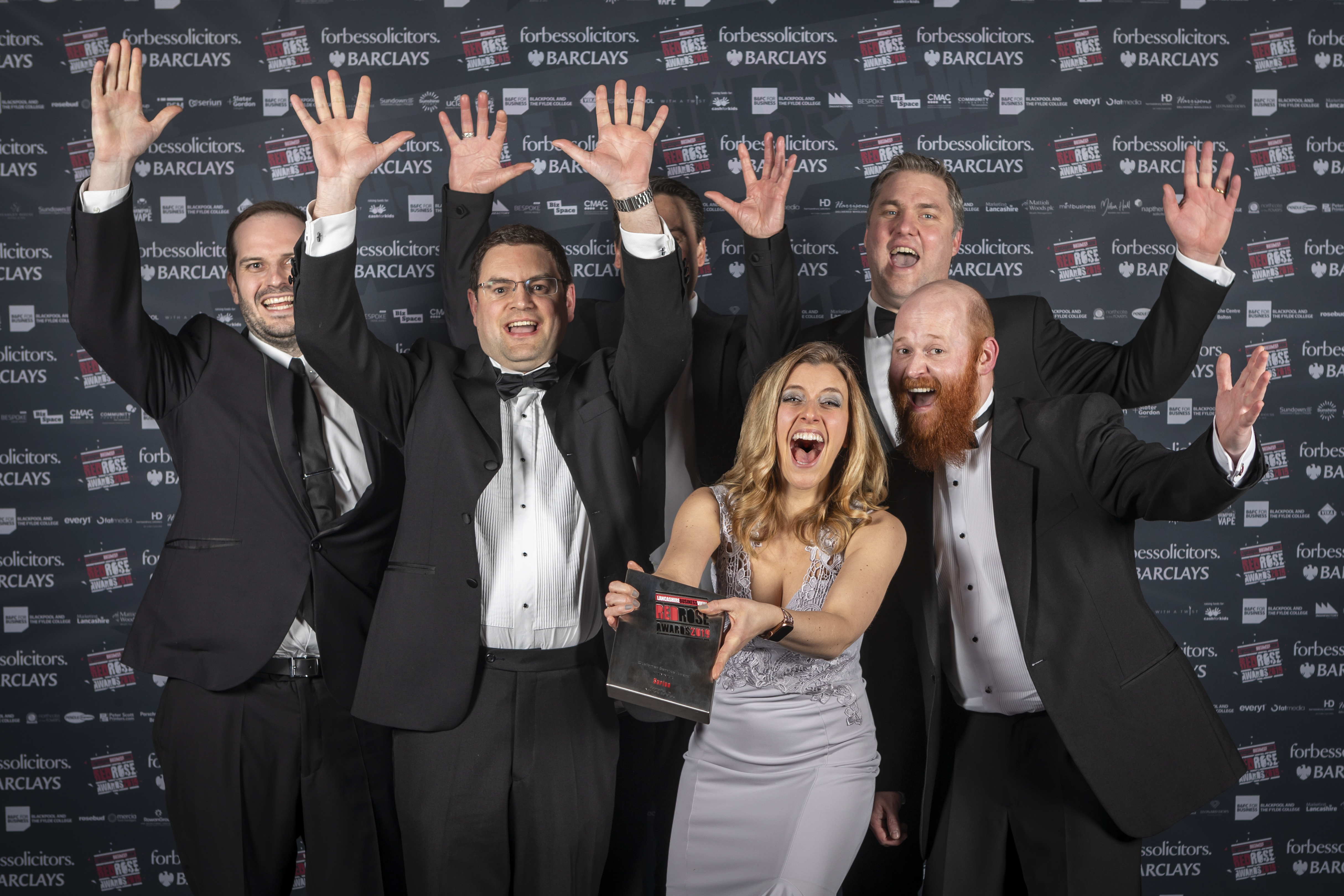 SERIUN CROWNED THE BEST CUSTOMER SERVICE BUSINESS AT RED ROSE AWARDS